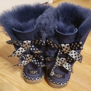 Blue bow Ugg boots
